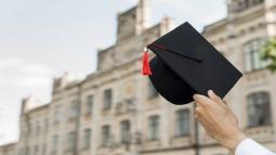 2 Yıllık Bölümlerin Taban Puanları 2021 ve Başarı Sıralamaları